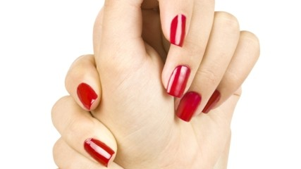 Red nails small